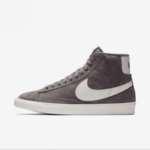 Nike vintage blazer